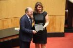 Fernanda Marcondes Linsmeyer recebe homenagem em nome do pai Fernando Marcondes de Mattos. foto Fabio-Queiroz-Agencia-AL